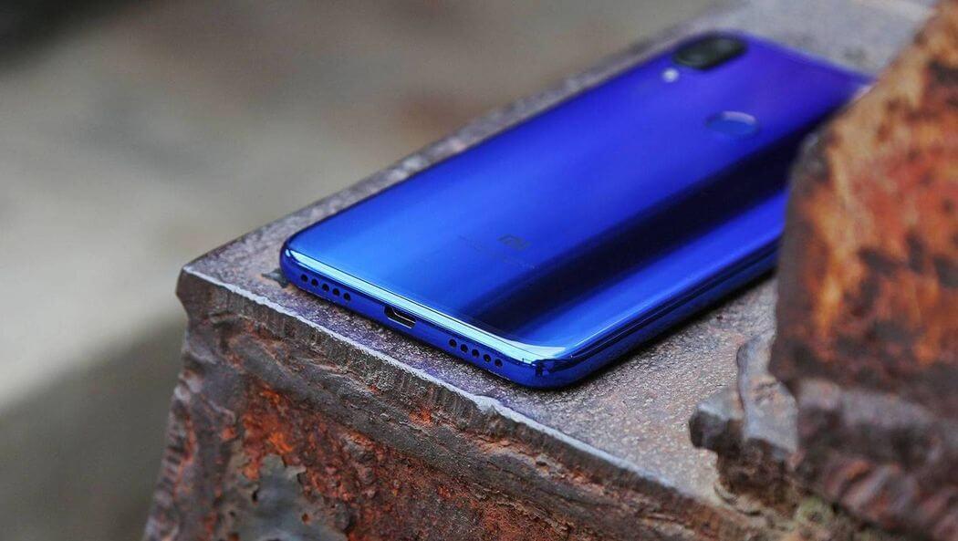 طراحی بدنه و ظاهری گوشی Xiaomi Mi Play
