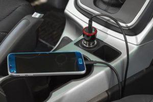 4. با خاموش کردن گوشی، آن را سریع تر شارژ کنید